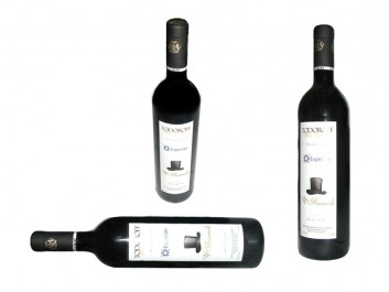 Wine labels with individual design